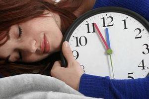 Ngủ trưa rất tốt nhưng nếu phạm vào 3 điều 'cấm kị' này có thể đón bệnh vào người