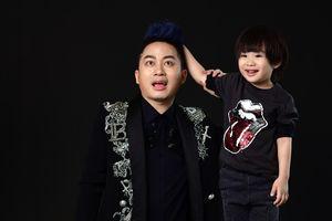 Con trai Tùng Dương kháu khỉnh, đáng yêu trong bộ ảnh chụp cùng bố