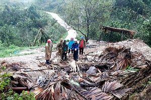 Mưa đá, dông lốc gây thiệt hại tại miền núi phía bắc