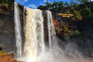 Thác Phú Cường - 'Dải lụa' của núi rừng Gia Lai