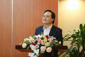 Bộ trưởng GD&ĐT: Sẽ đưa môn Công nghệ thông tin vào chương trình học bắt buộc