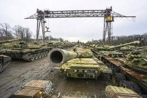 Ukraine phục hồi số lượng lớn chiến xa chủ lực từ 'nghĩa địa xe tăng'