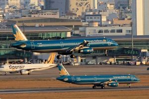 Kiến nghị hạn chế chuyến bay quốc nội đến và đi từ Tân Sơn Nhất