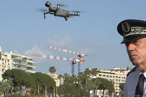 Pháp dùng drone đối phó Covid-19