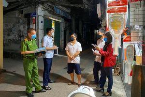 Phòng, chống dịch Covid-19: Phường Thịnh Liệt rà soát gần 10.000 hộ dân ngay trong đêm