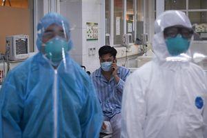 Ba bệnh nhân mắc Covid-19 nặng đang hồi phục