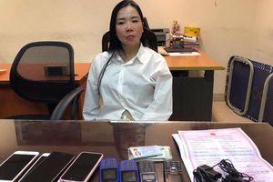 Bắt 'nữ quái' Hà Nội chuyên làm giả bệnh án tâm thần cho phạm nhân
