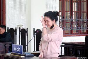 Tiếng khóc của hai đứa trẻ khi gặp lại mẹ ở chốn pháp đình
