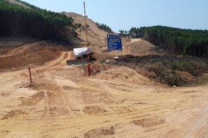Cao tốc Cam Lộ - La Sơn qua Huế thi công cầm chừng, khu TĐC vẫn trên giấy