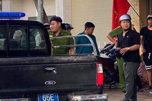 Truy tố hai anh em đâm đại úy cảnh sát tử vong chiều 30 Tết