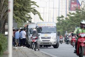 Covid-19: TP HCM dừng hoạt động xe hợp đồng, du lịch trong 15 ngày