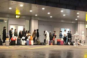 Chuyến bay đón người Việt từ Ukraine về đã hạ cánh xuống Vân Đồn