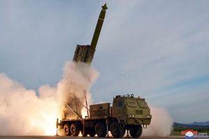 Yonhap: Triều Tiên đã thử một hệ thống rốc-két phóng loạt 'siêu lớn'