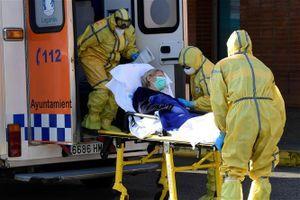 Nguyên nhân dịch COVID-19 lây lan dữ dội tại Tây Ban Nha