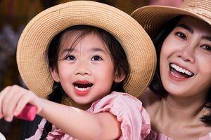 Xúc động ca khúc Mai Phương hát tặng con gái