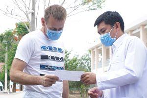 Ba bệnh nhân Covid-19 điều trị ở TP.HCM xuất viện