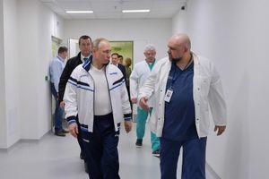 Giám đốc bệnh viện gặp ông Putin tuần trước bị nhiễm Covid-19