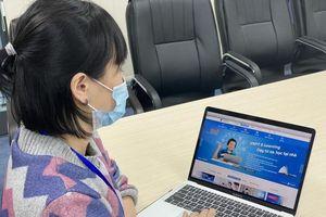 ĐH Ngoại ngữ cho sinh viên bảo vệ khóa luận trực tuyến