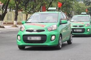 Tạm dừng hoạt động xe taxi từ Lào Cai đi Hà Nội và ngược lại