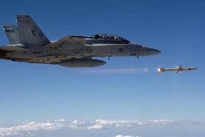 S-400 biến tên lửa AARGM-ER thành con mồi