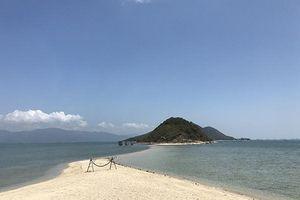 Khoảng lặng trong mùa du lịch ở Khánh Hòa