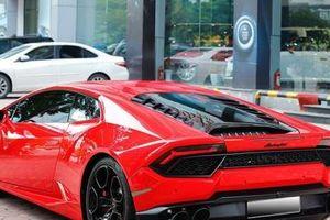 Đại gia Hà thành chấp nhận lỗ 8 tỷ để 'sang tay' Lamborghini Huracan chạy chưa tới 10 nghìn km