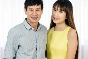 Lý Hải - Minh Hà chính thức dời lịch chiếu 'Lật Mặt 5', công bố gia nhập đường đua phim Tết