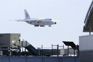 Mỹ - Nga bất nhất về lô hàng hỗ trợ thiết bị y tế