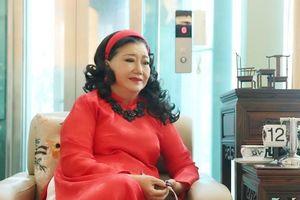 NSND Kim Cương gửi tặng 300 triệu cho Bệnh viện Bệnh Nhiệt Đới TPHCM