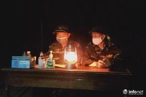 Nơi tuyến đầu ngăn chặn Covid-19, chất lính ngời sáng lung linh