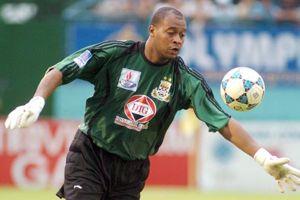 Phan Văn Santos giữ kỷ lục khó tin ở AFC Champions League