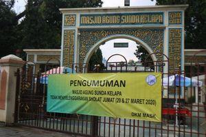 Indonesia kêu gọi tín đồ Hồi giáo cầu nguyện tại nhà để tránh Covid-19