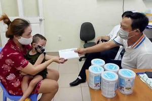 Kịp thời hỗ trợ cháu bé mắc bệnh ung thư máu