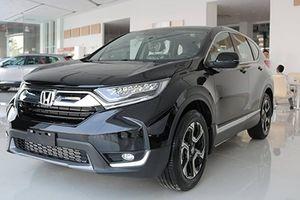 Honda CR-V giảm tới 130 triệu tại Việt Nam, rẻ hơn Mazda CX-5