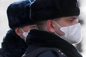 COVID-19: Lần đầu tiên Pháp hoãn thi tú tài, Nga dừng đưa công dân về nước