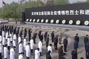 Người dân Trung Quốc đón tết Thanh Minh 'trầm lắng' giữa đại dịch