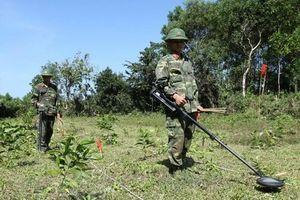 Phát động chiến dịch chung tay khắc phục hậu quả bom mìn