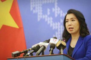 'Tàu cá Việt Nam đâm vào mũi tàu Hải cảnh Trung Quốc rồi bị chìm' – luận điệu phi lý của người phát ngôn Bộ Ngoại giao Trung Quốc!