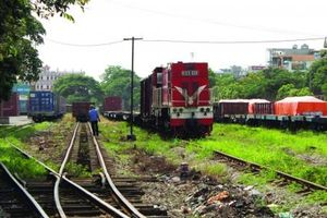 Đường sắt Lào Cai-Hà Nội-Hải Phòng: (Kỳ I) 'Ném tiền qua cửa sổ'?