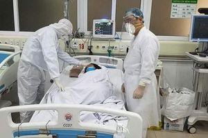 Sáng nay 5-4, không ghi nhận ca mắc Covid-19 mới, bệnh nhân nặng nhất đã 'cai' ECMO