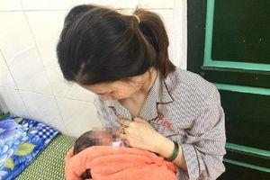 Sản phụ Huế sinh con gái tại phòng cách ly Covid-19