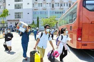 Hàng ngàn người ở TP.HCM và Bình Dương hoàn thành cách ly