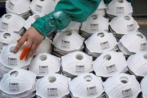 Các nước thiếu khẩu trang, Trung Quốc trở thành 'đại lý' thu lợi nhuận