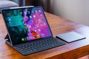 iPad Pro 20 có thể ngắt micro khi đóng vỏ máy
