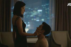 Thế giới hôn nhân: Trả thù chồng bằng tình một đêm, netizen trở mặt từ thương xót Sun Woo chuyển thành khinh bỉ