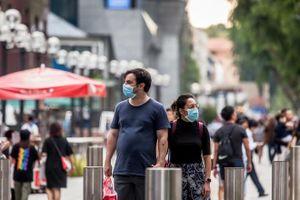 Singapore giãn cách xã hội, chính phủ hỗ trợ trả lương toàn dân