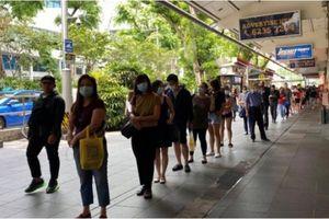 Gần 300 người Việt mắc kẹt tại Singapore vì Covid-19
