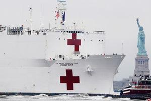 Thủy thủ đoàn trên siêu tàu bệnh viện USNS Comfort mắc COVID-19