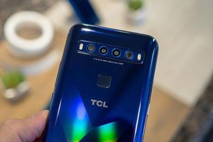 Smartphone 5G, 4 camera sau, pin 4.500 mAh, giá hơn 11 triệu đồng