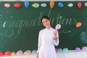 Nữ sinh nói tiếng Anh 'như gió' tuyên truyền chống dịch Covid-19